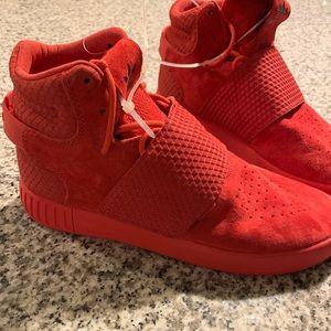 Adidas Tubular Shoes (NEW! MAKE AN OFFER!)